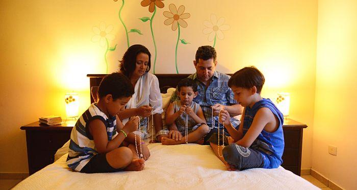 Oraciones para protección de la Familia