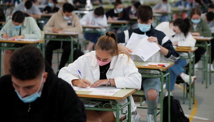 Suplica a San José de Cupertino para los Exámenes Difíciles